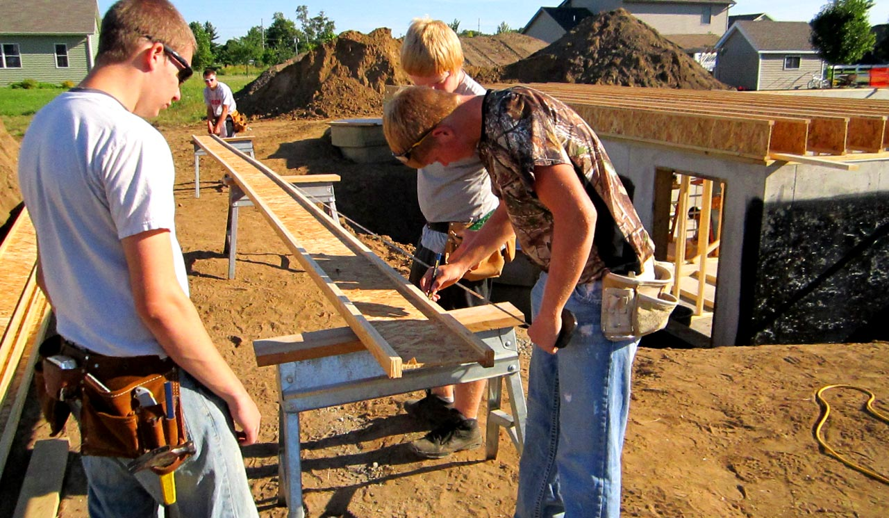 Students build bright futures at goshen community schools good of goshen - Free programs to build a house ...